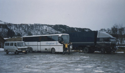 09.Tour-Bus-Norway